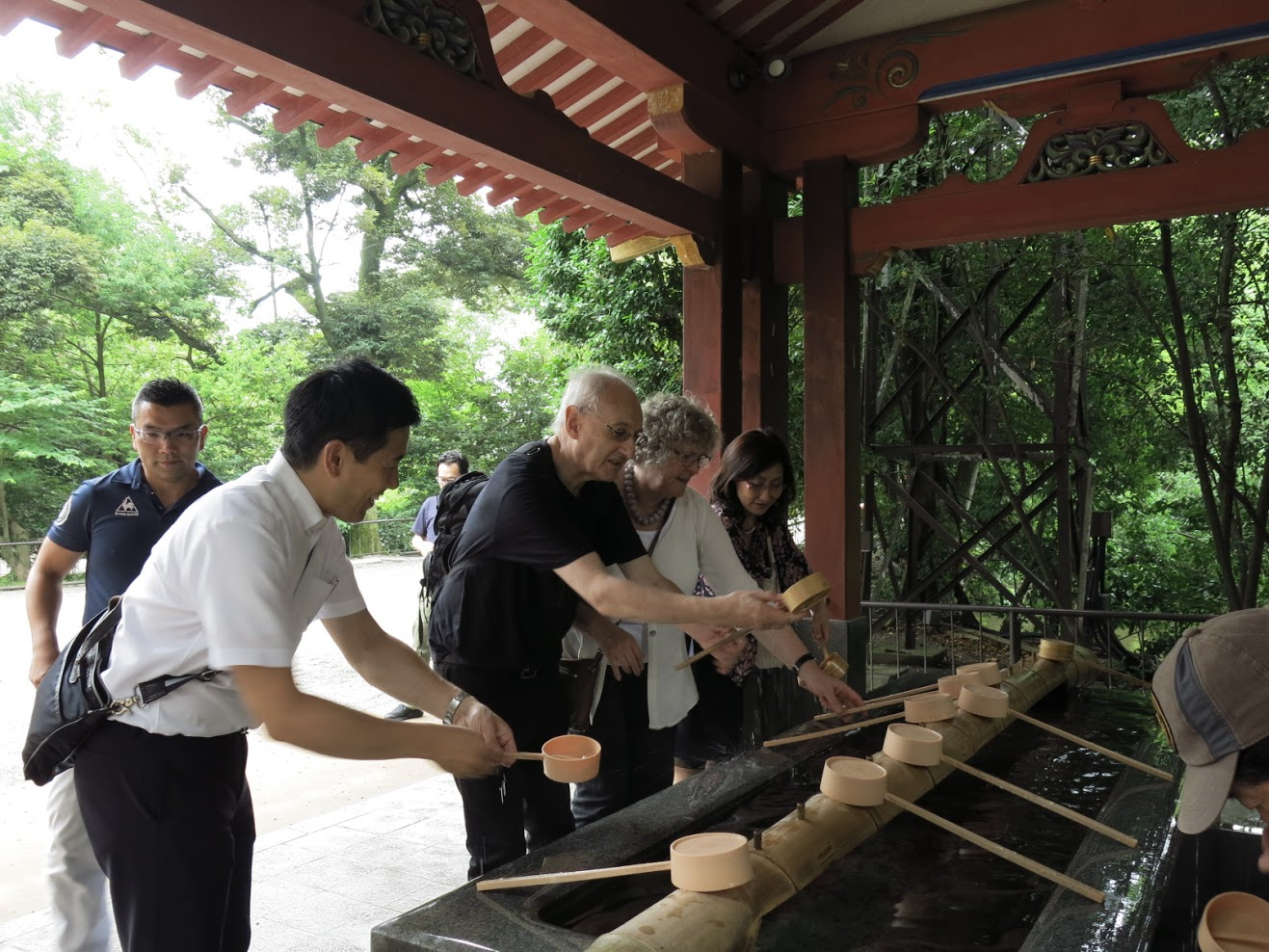 6氷川神社にて